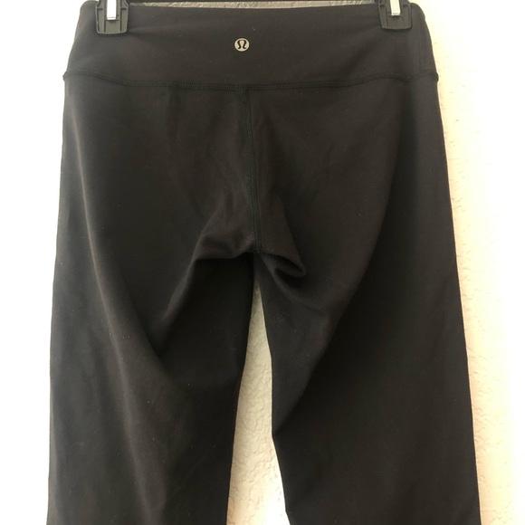 lululemon athletica Pants - Lululemon black crop leggings size 4